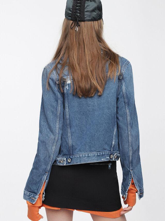 Diesel - DE-VELVET, Blu Jeans - Giacche in denim - Image 2