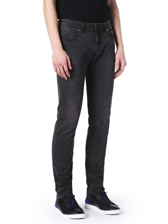 TYPE-2512, Nero Jeans