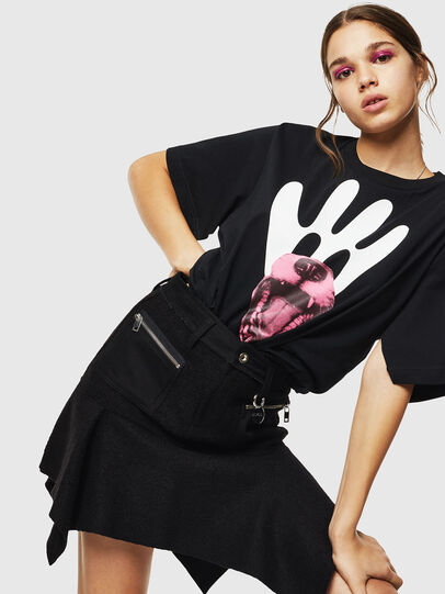 Diesel - T-JUSTINA, Nero - T-Shirts - Image 4