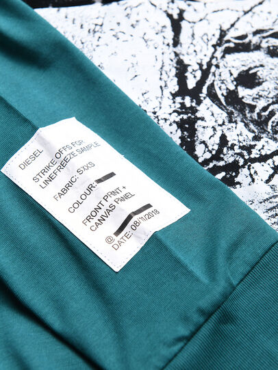 Diesel - TFONTYBJ OVER,  - T-shirts e Tops - Image 3
