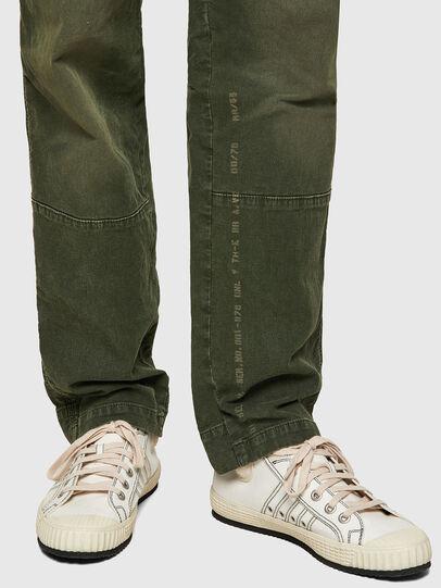 Diesel - D-Azerr JoggJeans® 069WH, Verde Militare - Jeans - Image 4