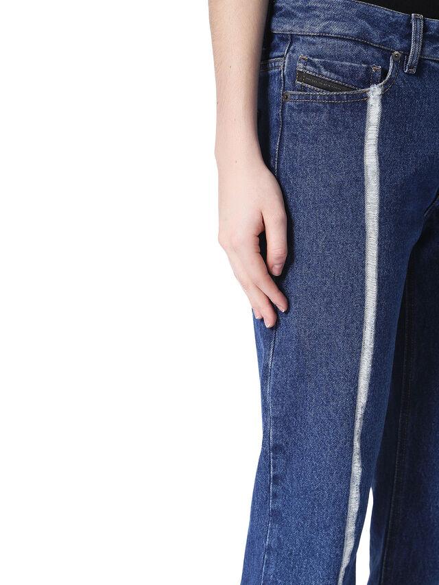 TYPE-1820, Blu Jeans