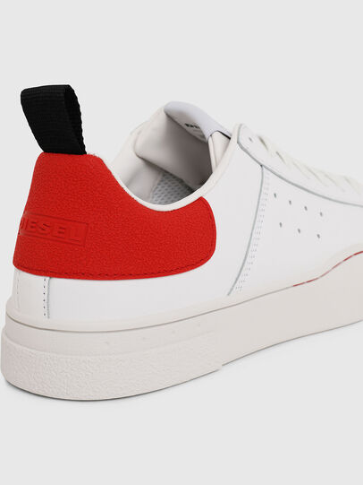 Diesel - S-CLEVER LOW, Bianco/Rosso - Sneakers - Image 4