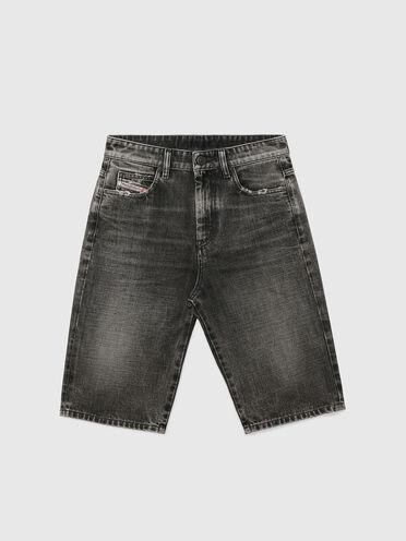 Shorts lunghi in denim stone-wash