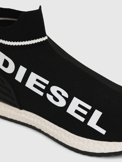 Diesel - SLIP ON 03 LOW SOCK, Nero - Scarpe - Image 4