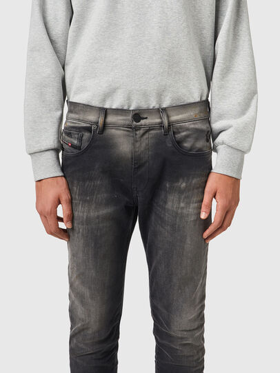 Diesel - D-Strukt JoggJeans® 09B04, Nero/Grigio scuro - Jeans - Image 3