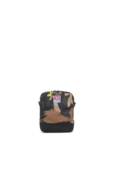 Borsa a tracolla in tessuto con motivo camouflage