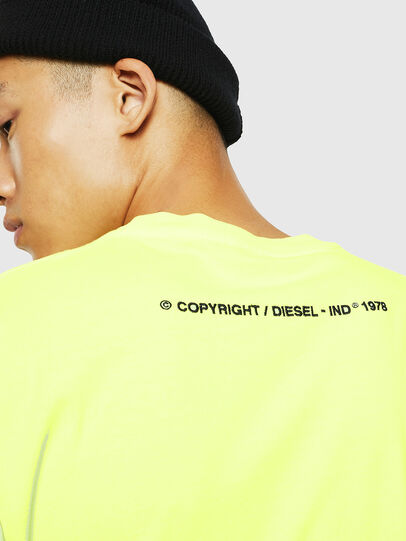 Diesel - T-JUST-SLITS-FLUO, Giallo Fluo - T-Shirts - Image 4