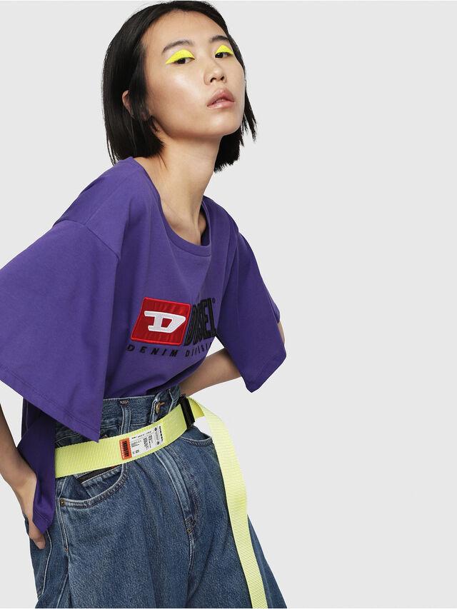 Diesel - T-JACKY-D, Viola - T-Shirts - Image 3