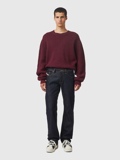Diesel - Larkee 009HF, Blu Scuro - Jeans - Image 5