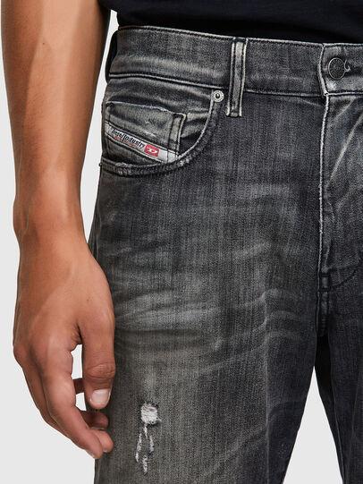 Diesel - D-Strukt JoggJeans® 09B54, Nero/Grigio scuro - Jeans - Image 3