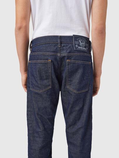 Diesel - D-Viker 09B28, Blu Scuro - Jeans - Image 5