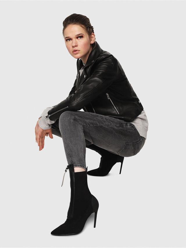 Diesel - Fayza JoggJeans 8880U, Nero/Grigio scuro - Jeans - Image 4