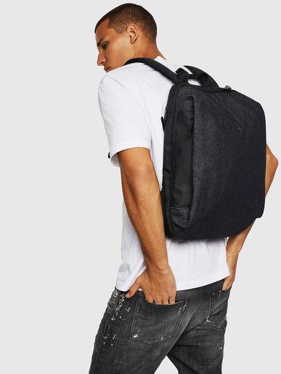 Diesel - D-SUBTORYAL BACK, Blu Jeans - Zaini - Image 7