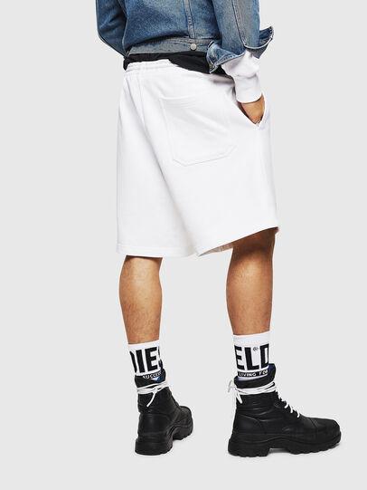 Diesel - P-ALF-SHORT, Bianco - Shorts - Image 2