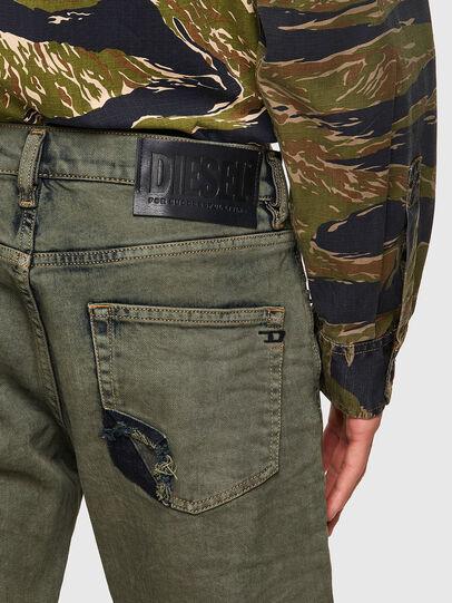 Diesel - D-Strukt 09A50, Verde Militare - Jeans - Image 3