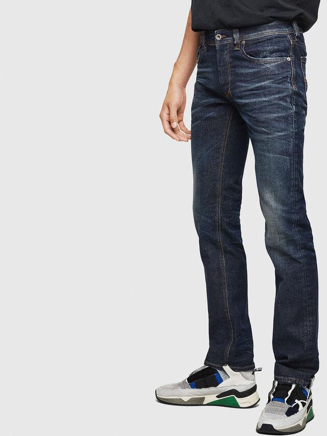 Diesel - Larkee 084ZU, Blu Scuro - Jeans - Image 5