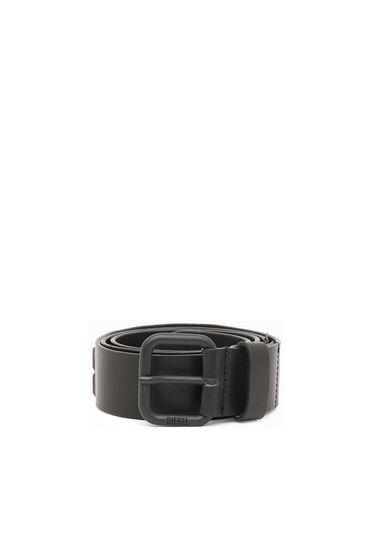 Cintura in pelle con fessure cut-out