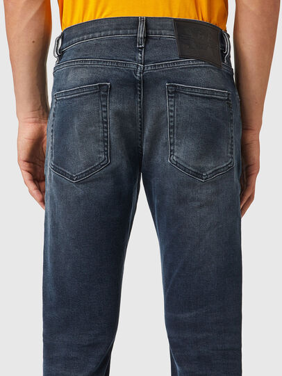Diesel - D-Strukt 09B25, Blu Scuro - Jeans - Image 4
