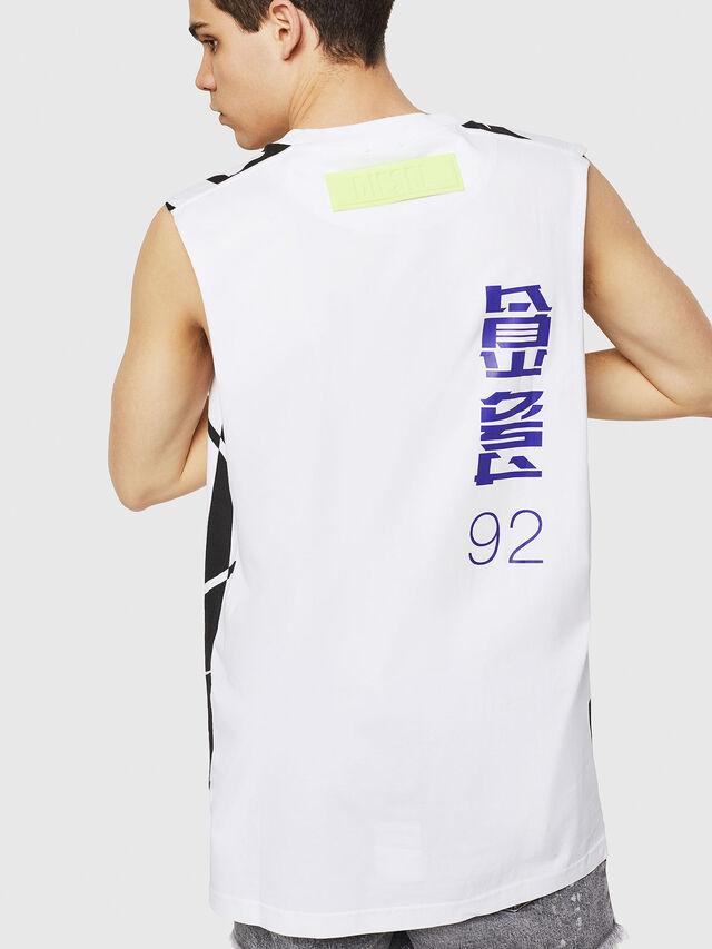 Diesel - T-LUCAS-SL-Y1, Bianco/Nero - T-Shirts - Image 2