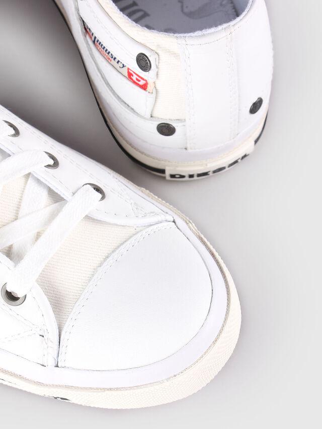 Diesel - EXPOSURE LOW I, Bianco - Sneakers - Image 5