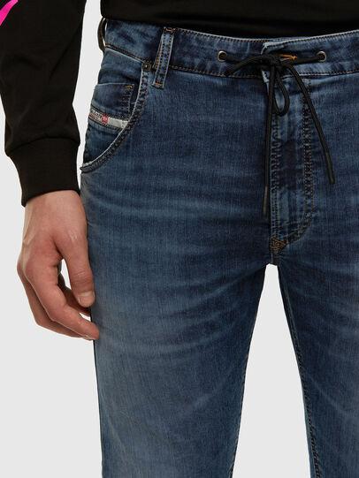 Diesel - KROOLEY JoggJeans® 069NL, Blu medio - Jeans - Image 3