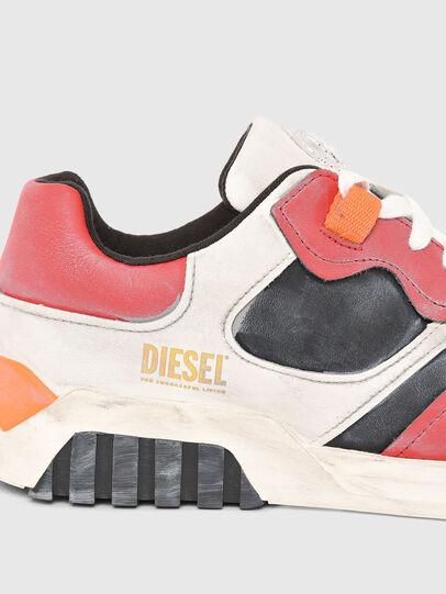 Diesel - S-RUA LOW SK, Bianco/Rosso - Sneakers - Image 4