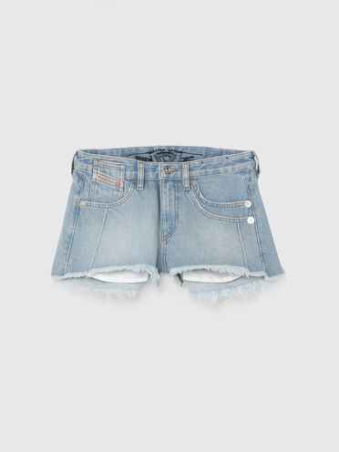 Shorts in denim fisso con orlo sfrangiato
