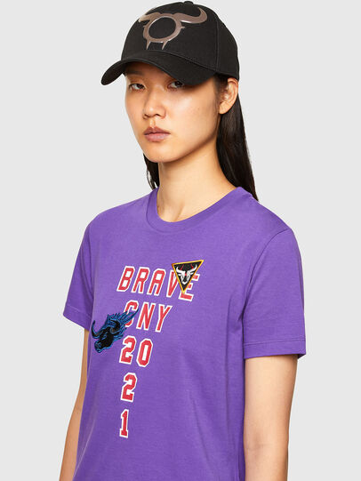 Diesel - CL-T-SILY-O, Viola - T-Shirts - Image 4