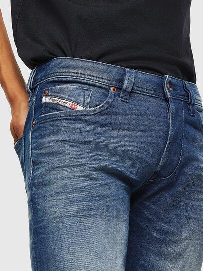 Diesel - Larkee 0090D, Blu medio - Jeans - Image 3