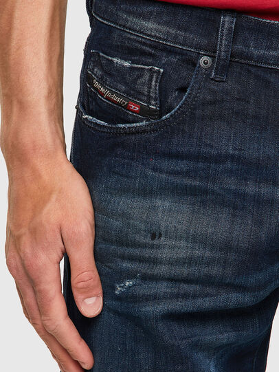 Diesel - D-Strukt JoggJeans® 09B50, Blu Scuro - Jeans - Image 3