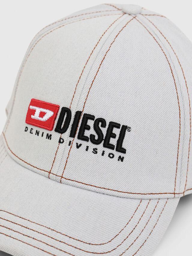 Diesel - C-BLEACH, Blu Jeans - Cappelli - Image 3