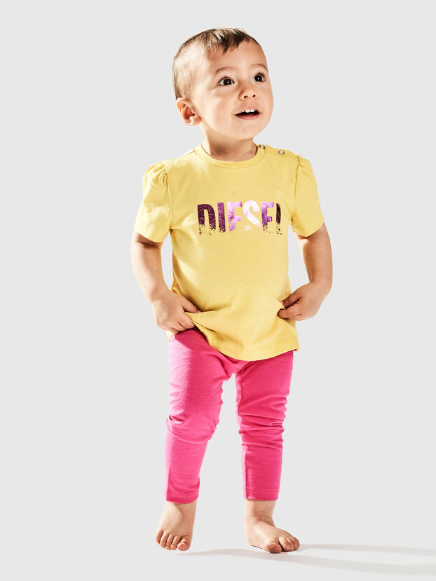 TRALLYB, Giallo - T-shirts e Tops