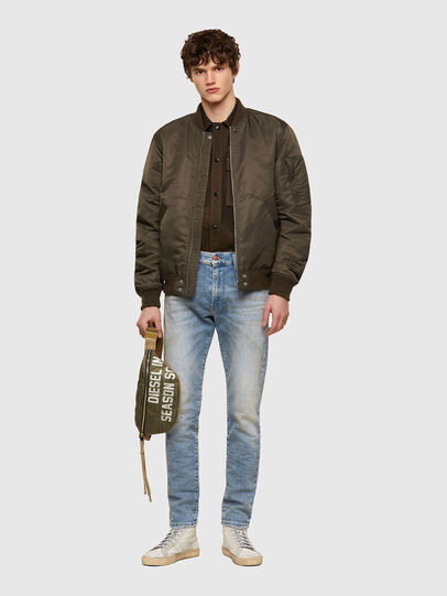 Diesel - D-Strukt JoggJeans® 069UU, Blu Chiaro - Jeans - Image 5