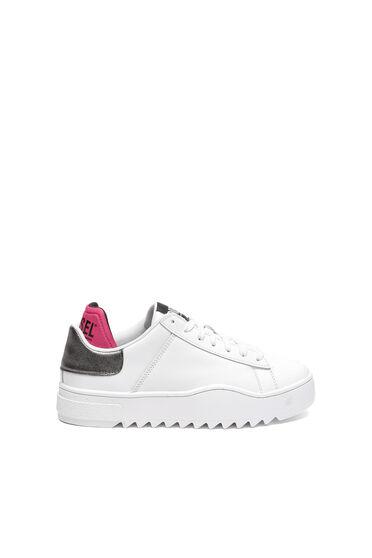 Sneaker in pelle con finitura metallizzata