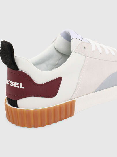 Diesel - S-BULLY LC, Bianco/Rosso - Sneakers - Image 6