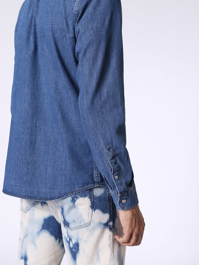 D-BERRY, Blu Jeans