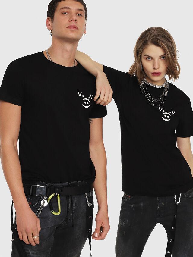 Diesel - CL-T-GADIE, Nero - T-Shirts - Image 5