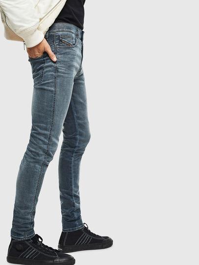 Diesel - D-Reeft JoggJeans 069LT, Blu Scuro - Jeans - Image 4