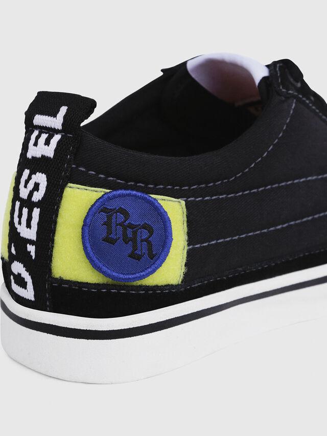 Diesel - D-VELOWS LOW PATCH W, Nero - Sneakers - Image 5
