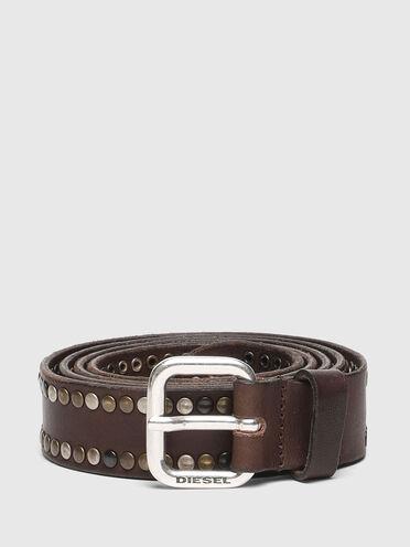 Cintura in pelle trattata con borchie