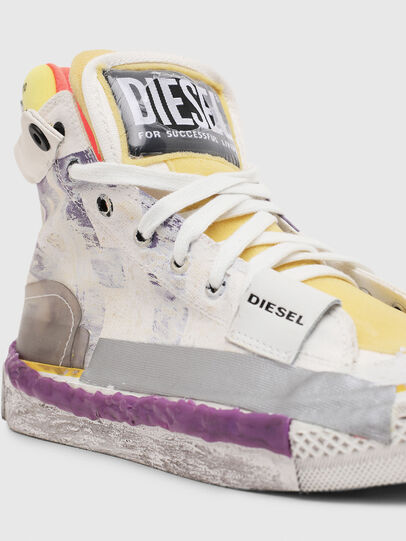 Diesel - S-ASTICO PNT W, Bianco/Rosa - Sneakers - Image 4