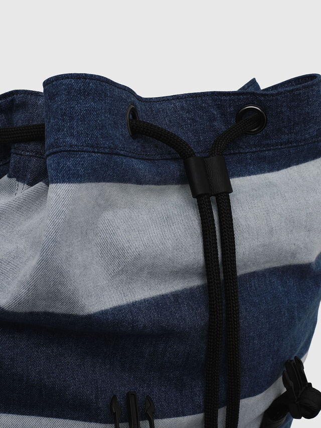 Diesel - VOLPAGO BACK, Blu Jeans - Zaini - Image 3