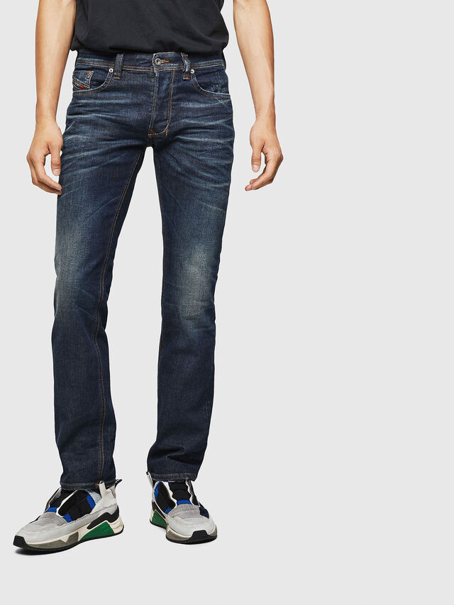 Diesel - Larkee 084ZU, Blu Scuro - Jeans - Image 1