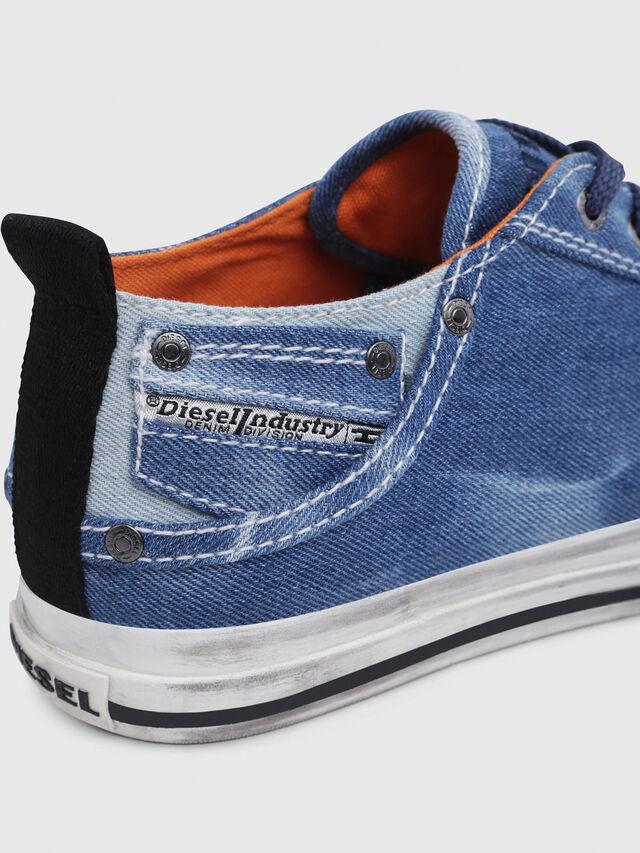 Diesel - EXPOSURE LOW I, Blu Jeans - Sneakers - Image 5