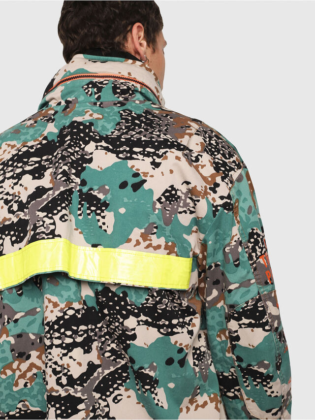 Diesel - J-TOUCHA-CAMOU, Verde Camo - Giacche - Image 5