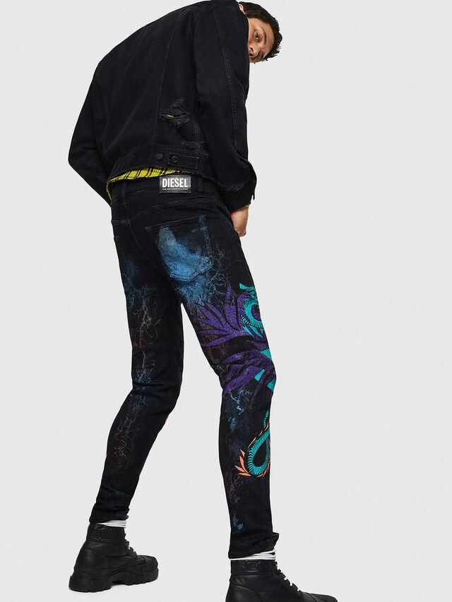 ee5c8efd37 D-STRUKT-SY 0093E Uomo: Slim Jeans Colorato | Diesel