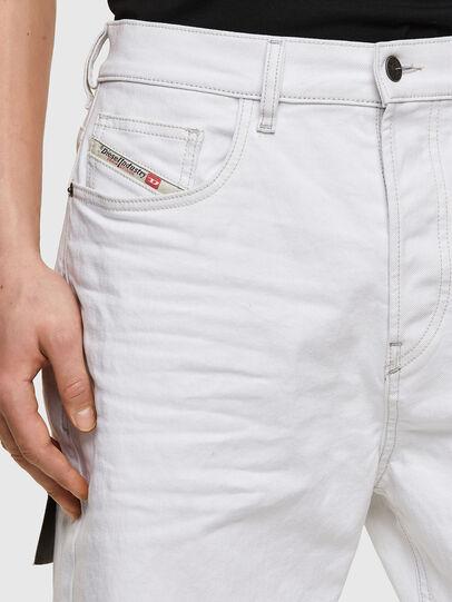 Diesel - D-Vider 003AF, Bianco - Jeans - Image 3