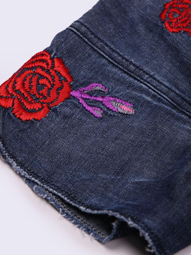 JELLA, Blu Jeans