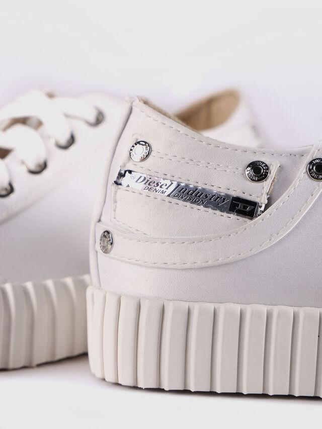 Diesel - S-EXPOSURE CLC W, Bianco - Sneakers - Image 5